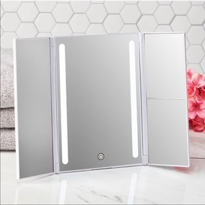 🖤NEW LED MAKEUP MIRROR